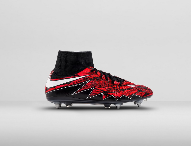 01-Outside_Right_NikeLewy_01_47712